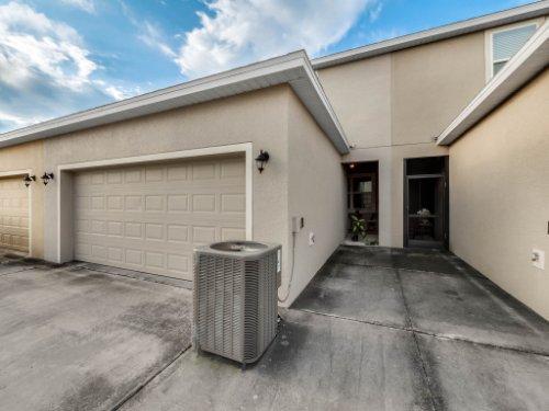 12861-Tanja-King-Blvd--Orlando--FL-32828----29---Garage.jpg