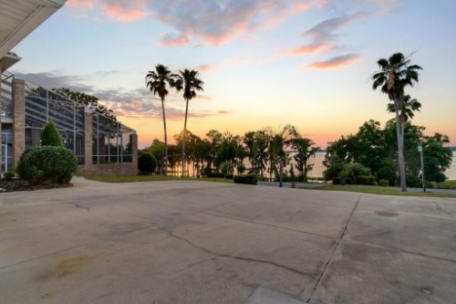 12028-Lakeshore-Dr--Clermont--FL-34711----50---Twilight.jpg