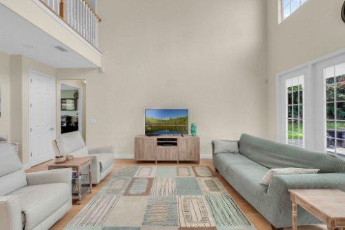 27701-Cypress-Glen-Ct--Yalaha--FL-34797----12---Family-Room.jpg