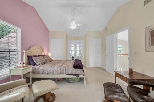27701-Cypress-Glen-Ct--Yalaha--FL-34797----29---Bedroom.jpg