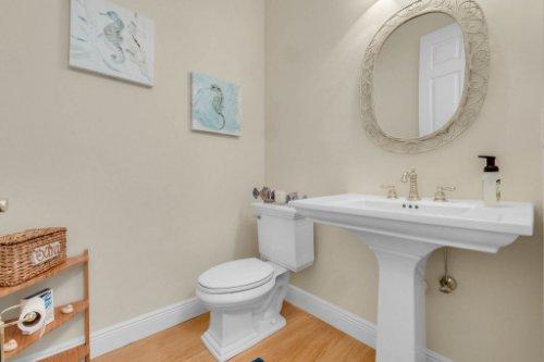 27701-Cypress-Glen-Ct--Yalaha--FL-34797----34---Bathroom.jpg