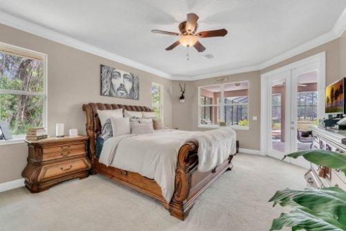 295-butterfly-forest-rd--geneva--fl-32732----25---master-bedroom.jpg