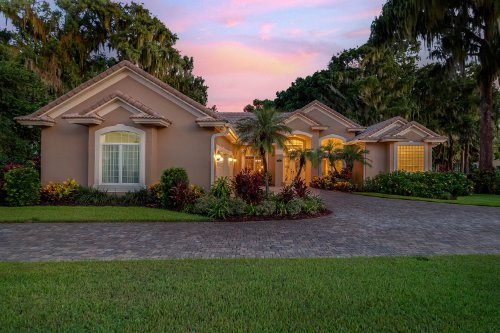 815-lake-shore-drive--leesburg--fl-34748----06---twilight.jpg