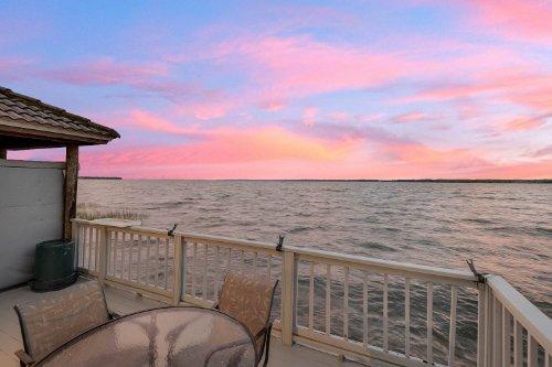 815-lake-shore-drive--leesburg--fl-34748----52---twilight.jpg