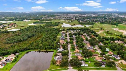 1143-creek-woods-circle--st-cloud--fl-34772---37.jpg