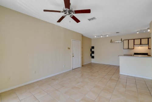 2627-maitland-crossing-way--203--orlando--fl-32810---08.jpg