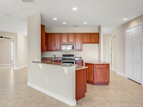 3817-golden-feather-way--kissimmee--fl-34746---27.jpg