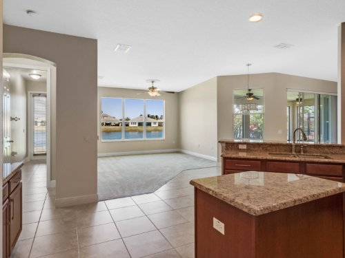 3817-golden-feather-way--kissimmee--fl-34746---31.jpg